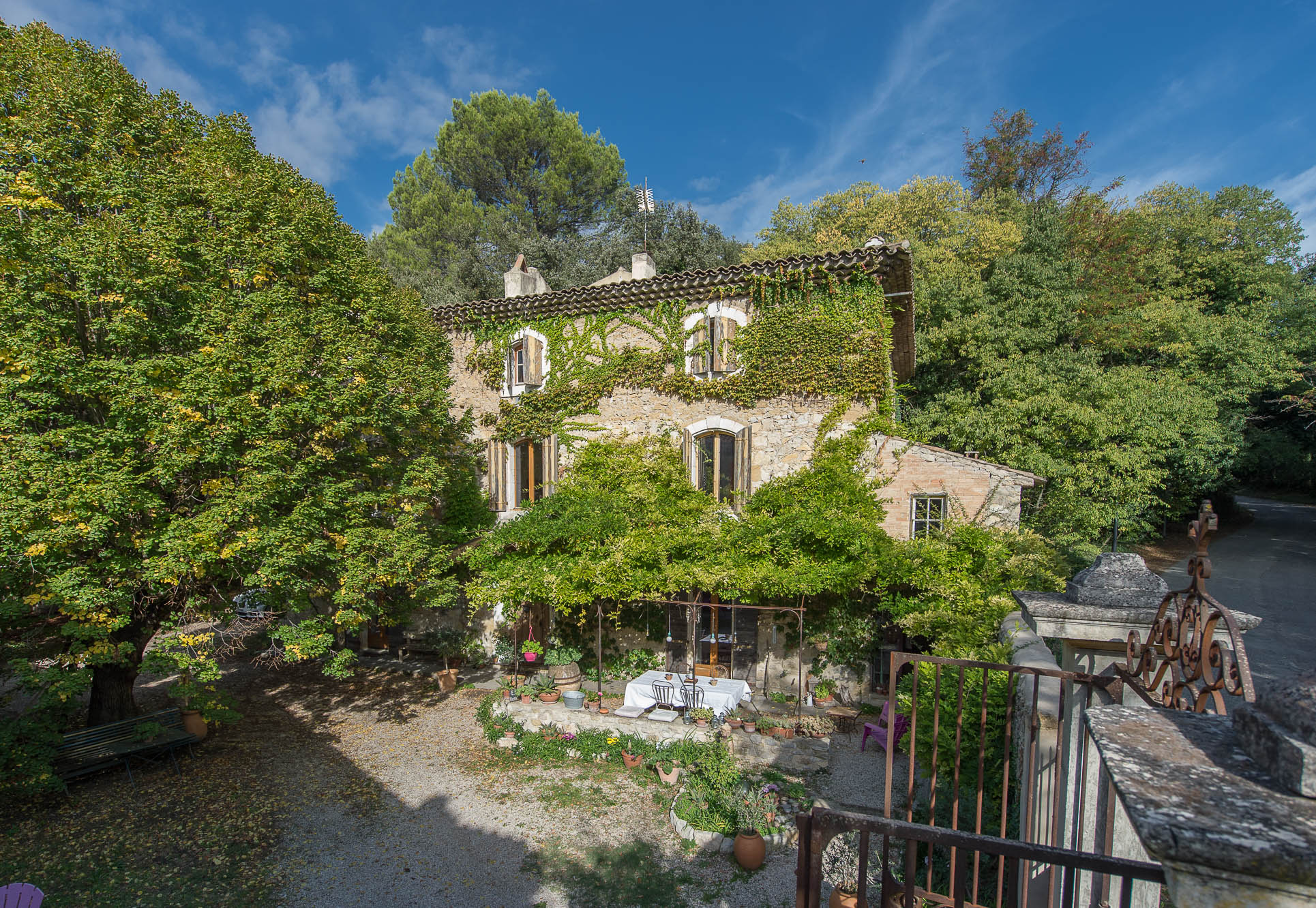 Bastide provençale in steen - Ideale bed and breakfast